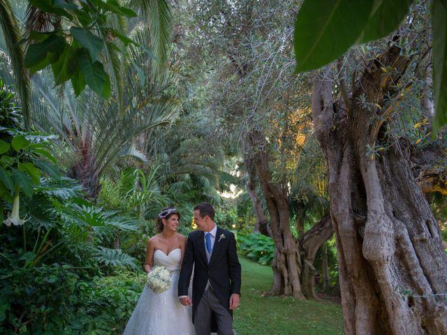 La boda de Juan y Noemi en Puerto De La Cruz, Santa Cruz de Tenerife 24