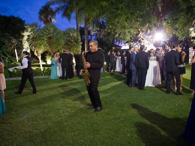 La boda de Juan y Noemi en Puerto De La Cruz, Santa Cruz de Tenerife 28