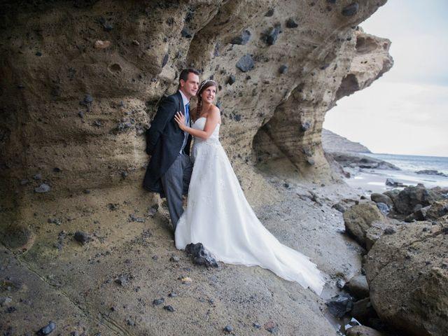 La boda de Juan y Noemi en Puerto De La Cruz, Santa Cruz de Tenerife 40