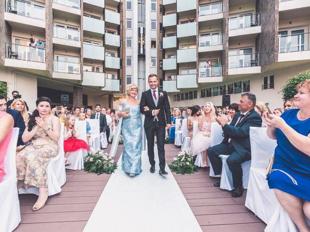 La boda de Denys y Vera en Alacant/alicante, Alicante 26