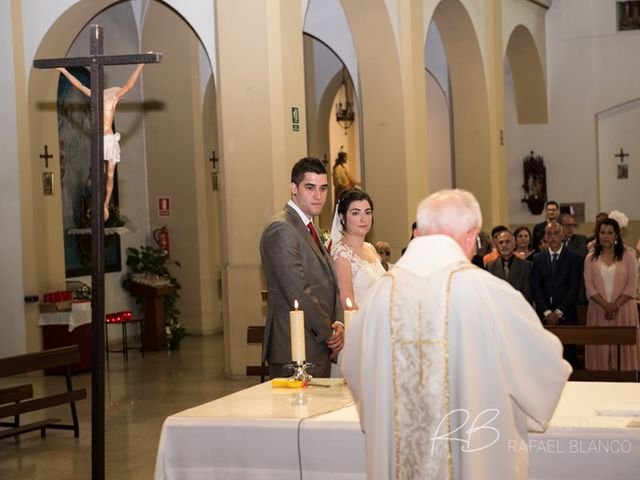 La boda de Estefania  y Iván  en Sant Fost De Campsentelles, Barcelona 35