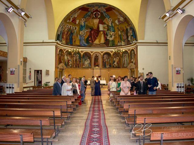 La boda de Estefania  y Iván  en Sant Fost De Campsentelles, Barcelona 41