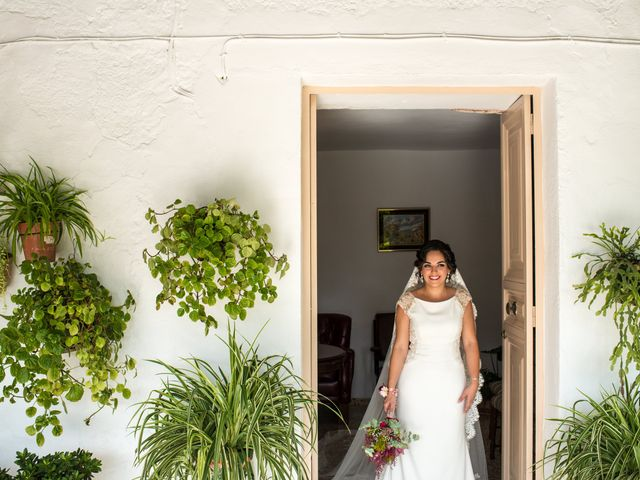 La boda de Juan Luis y Teresa en Antequera, Málaga 25