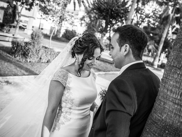 La boda de Juan Luis y Teresa en Antequera, Málaga 35