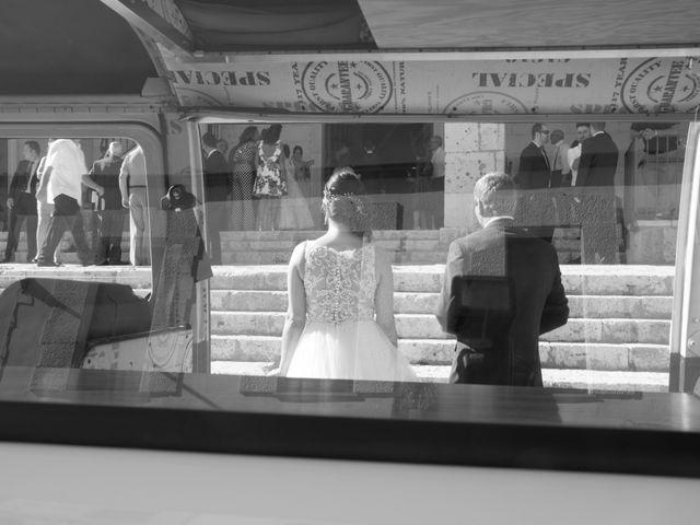La boda de Alfonso y Mihaela en Simancas, Valladolid 12