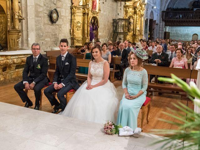 La boda de Alfonso y Mihaela en Simancas, Valladolid 16