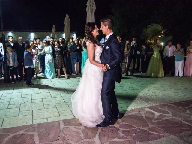 La boda de Alfonso y Mihaela en Simancas, Valladolid 25