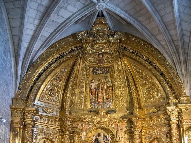 La boda de Alfonso y Mihaela en Simancas, Valladolid 15