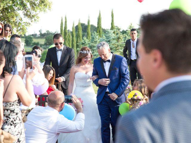 La boda de Dan y Sofía en Tarancon, Cuenca 22