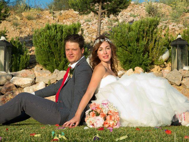La boda de Dan y Sofía en Tarancon, Cuenca 37
