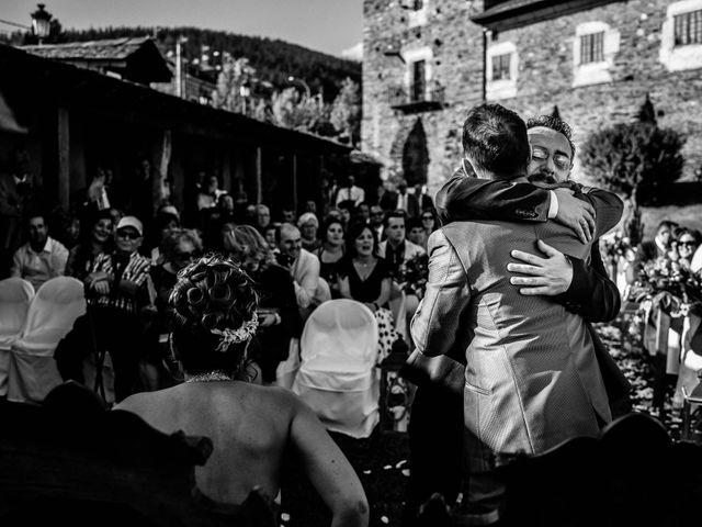 La boda de Oscar y Manuela en Canedo, León 16