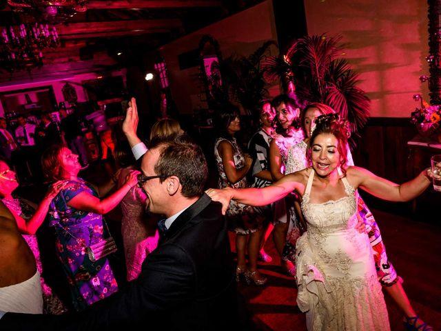 La boda de Oscar y Manuela en Canedo, León 21