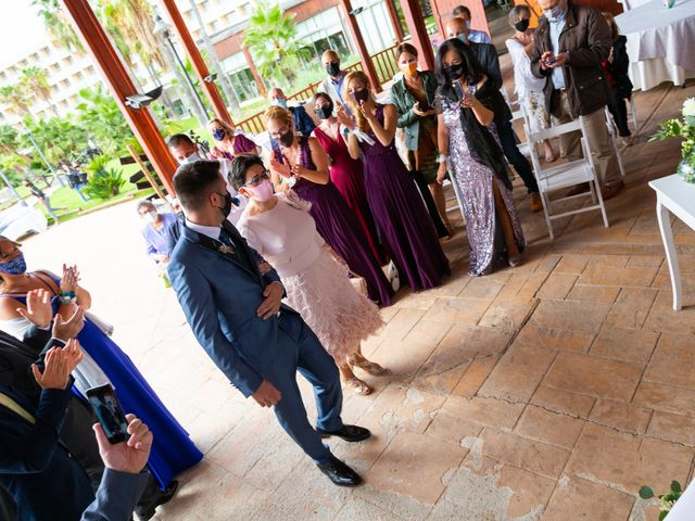 La boda de Marc y Noelia en L' Ametlla De Mar, Tarragona 7