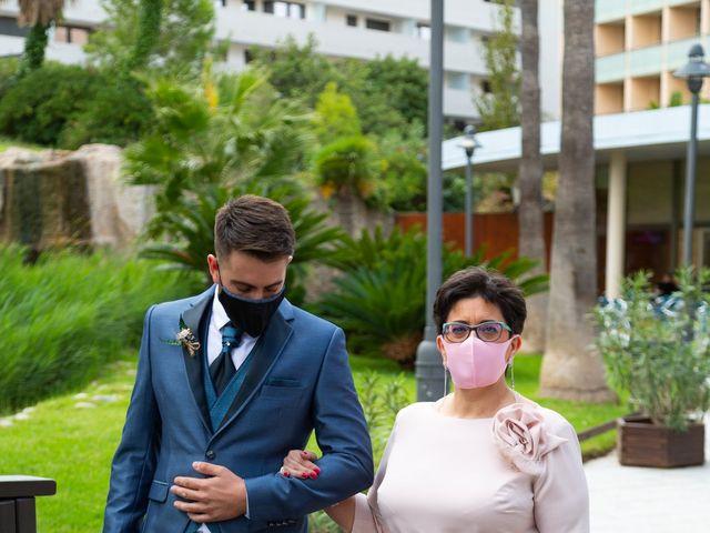 La boda de Marc y Noelia en L' Ametlla De Mar, Tarragona 8