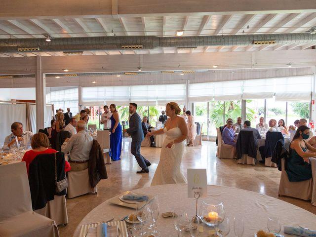 La boda de Marc y Noelia en L' Ametlla De Mar, Tarragona 30