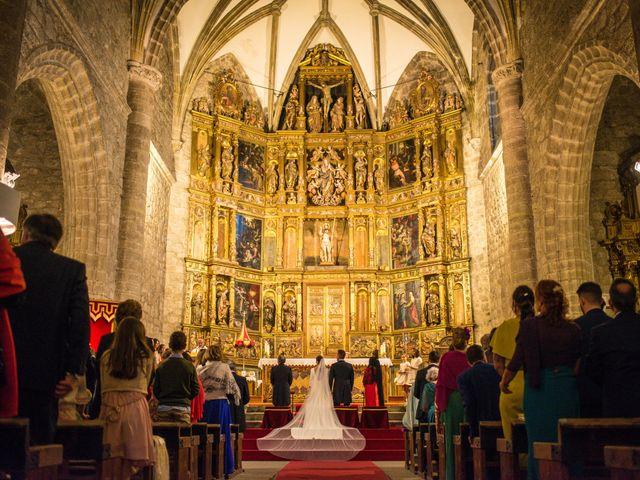 La boda de Jairo y Ana en Miraflores De La Sierra, Madrid 18