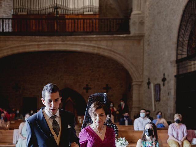 La boda de Rafael y Estibaliz en Pozuelo De Calatrava, Ciudad Real 52