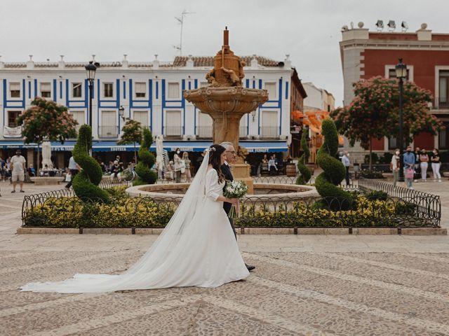 La boda de Rafael y Estibaliz en Pozuelo De Calatrava, Ciudad Real 56