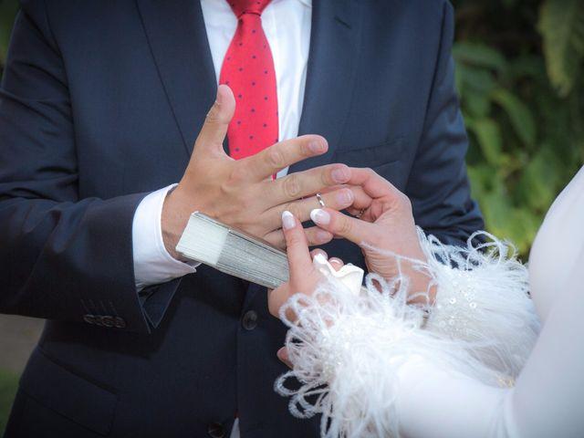La boda de Carlos y Beatriz en Fuentes De Andalucia, Sevilla 5