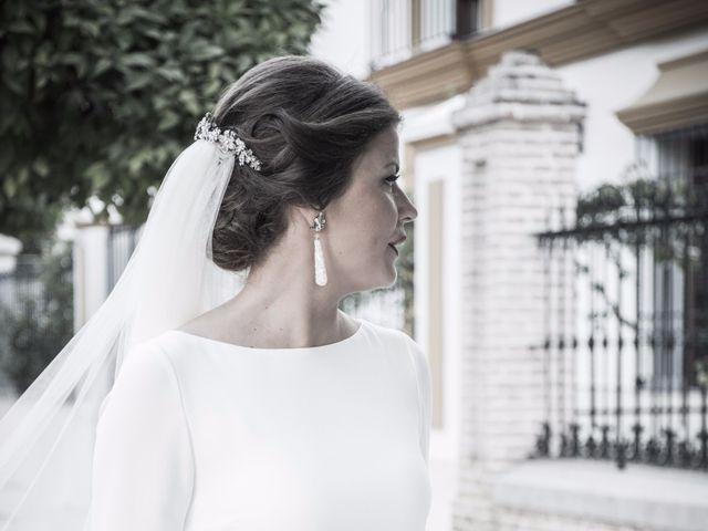 La boda de Carlos y Beatriz en Fuentes De Andalucia, Sevilla 8