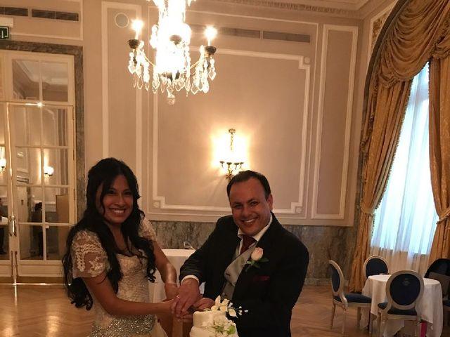 La boda de Pilar y Juan Carlos en Madrid, Madrid 17
