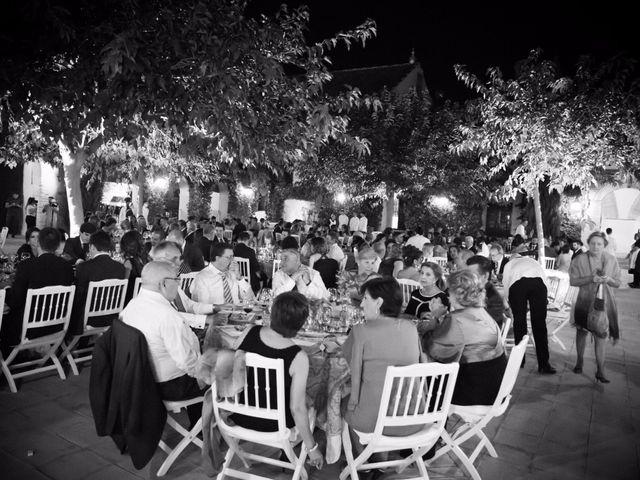 La boda de Carlos y Beatriz en Fuentes De Andalucia, Sevilla 16