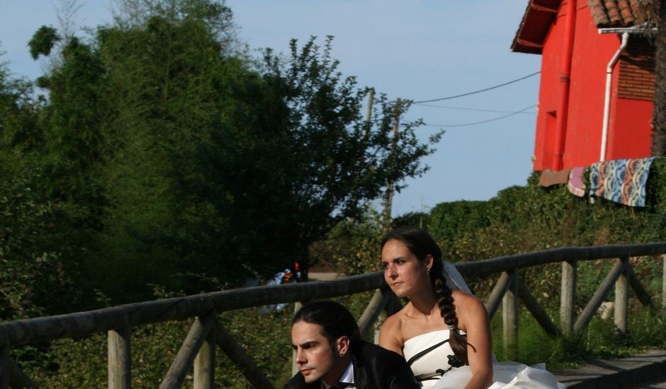 La boda de Toni y Vane en Gijón, Asturias