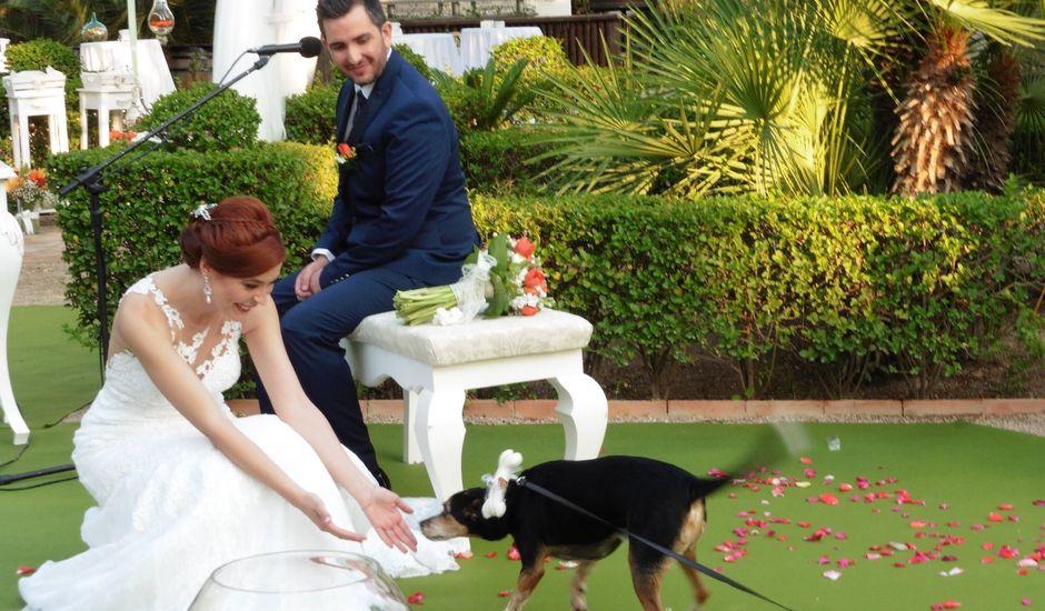 La boda de Javi y Carmen  en Murcia, Murcia