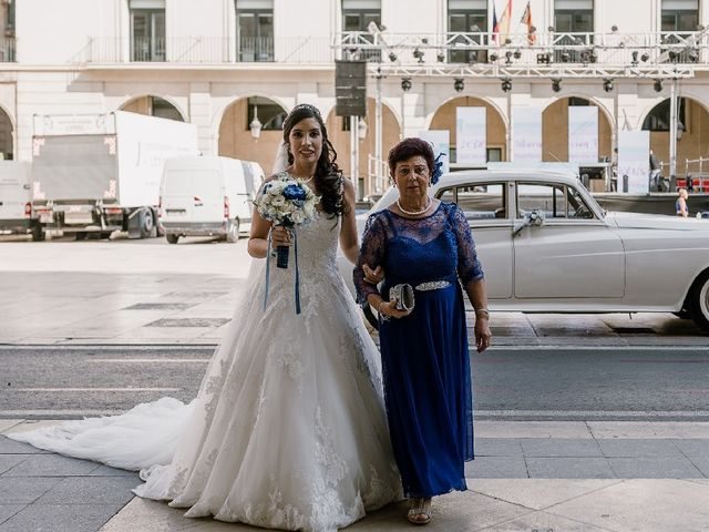 La boda de Alberto y Manoli en Alacant/alicante, Alicante 34