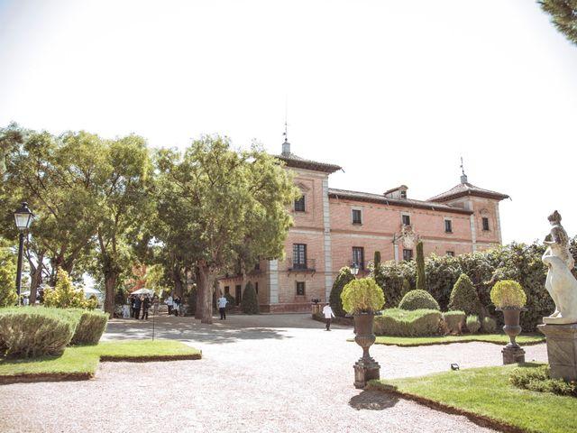 La boda de Juan Carlos y Estefanía en San Fernando De Henares, Madrid 107
