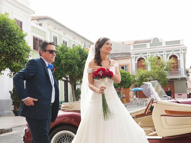 La boda de Pablo y Verónica en El Puig, Valencia 37