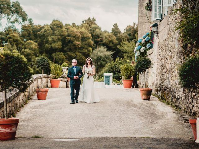 La boda de Odilo y Sonia en Bueu (Casco Urbano), Pontevedra 22