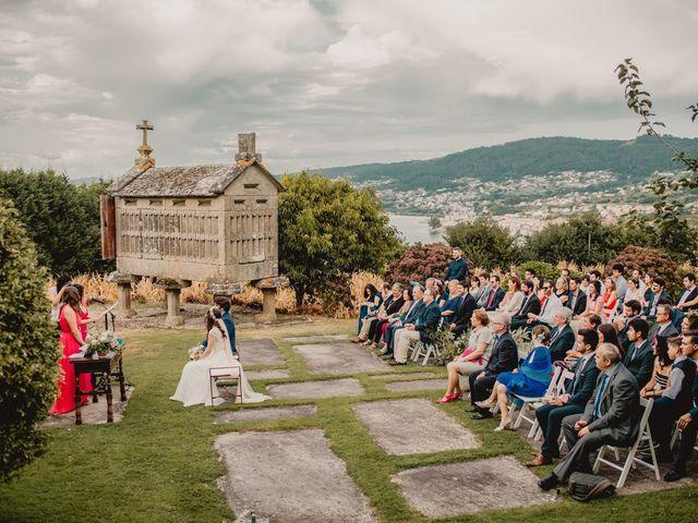 La boda de Odilo y Sonia en Bueu (Casco Urbano), Pontevedra 26