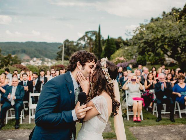 La boda de Odilo y Sonia en Bueu (Casco Urbano), Pontevedra 32