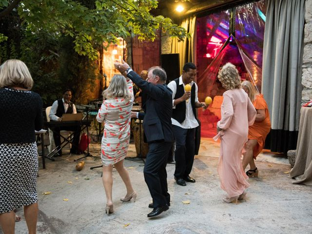 La boda de Carlos y Yara en Villanubla, Valladolid 31