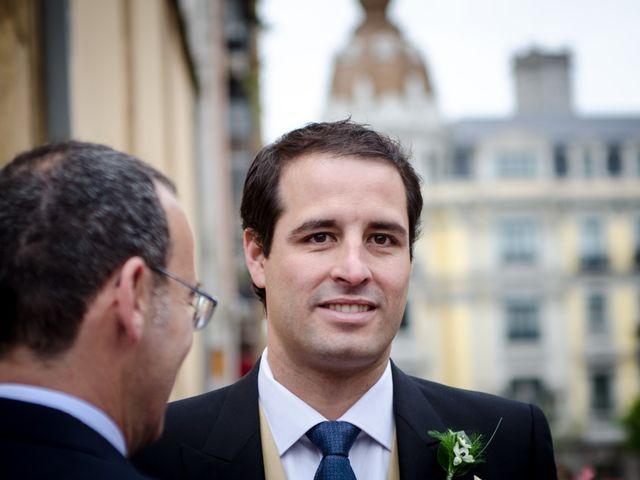 La boda de Gonzalo y Lorena en Oviedo, Asturias 24