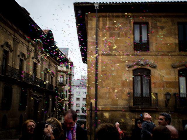 La boda de Gonzalo y Lorena en Oviedo, Asturias 34