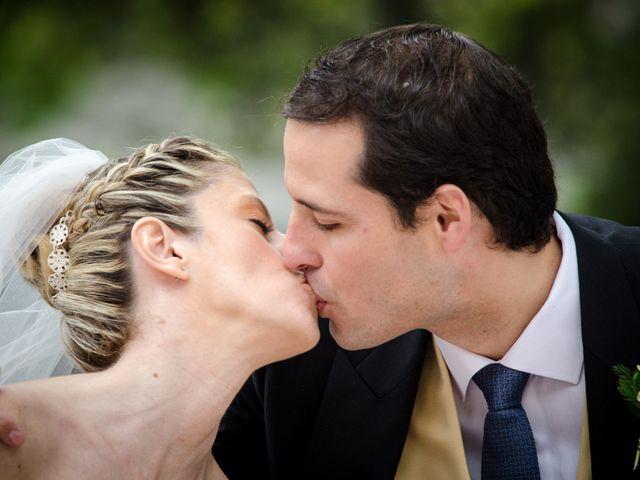 La boda de Gonzalo y Lorena en Oviedo, Asturias 42