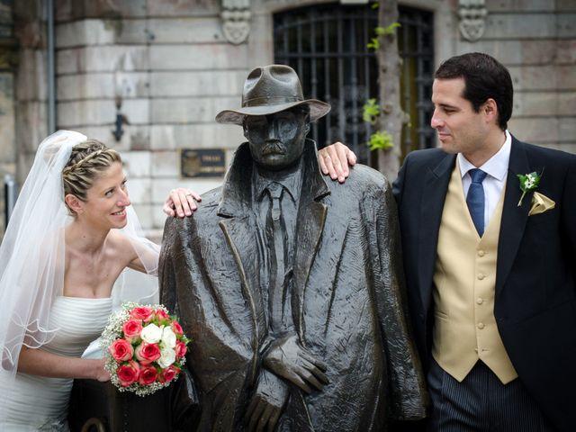 La boda de Gonzalo y Lorena en Oviedo, Asturias 45