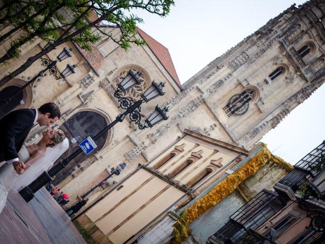 La boda de Gonzalo y Lorena en Oviedo, Asturias 46