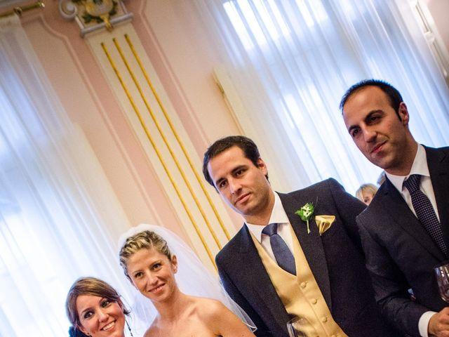La boda de Gonzalo y Lorena en Oviedo, Asturias 52