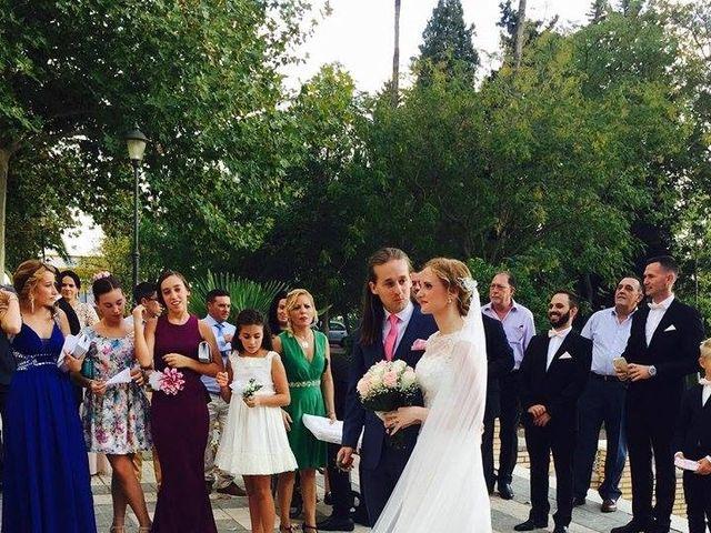 La boda de Francisco Jesús y Aurélie en Dos Hermanas, Sevilla 14