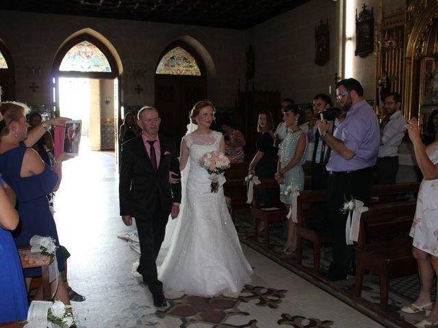 La boda de Francisco Jesús y Aurélie en Dos Hermanas, Sevilla 7