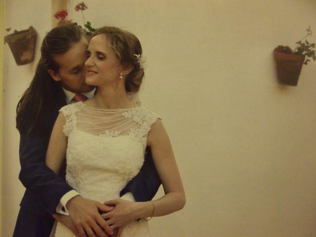 La boda de Francisco Jesús y Aurélie en Dos Hermanas, Sevilla 21