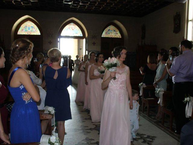 La boda de Francisco Jesús y Aurélie en Dos Hermanas, Sevilla 6