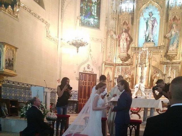 La boda de Francisco Jesús y Aurélie en Dos Hermanas, Sevilla 9