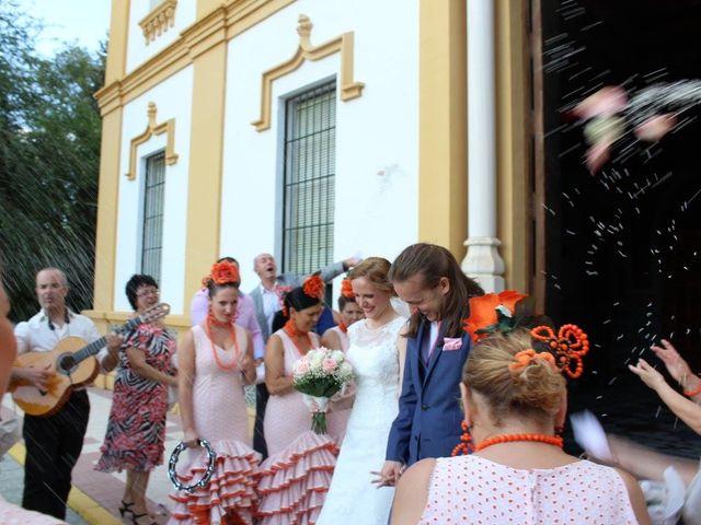 La boda de Francisco Jesús y Aurélie en Dos Hermanas, Sevilla 11