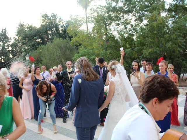 La boda de Francisco Jesús y Aurélie en Dos Hermanas, Sevilla 12