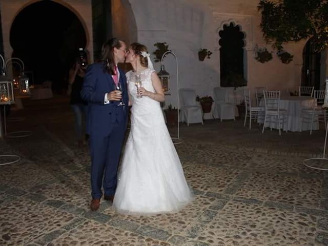 La boda de Francisco Jesús y Aurélie en Dos Hermanas, Sevilla 29