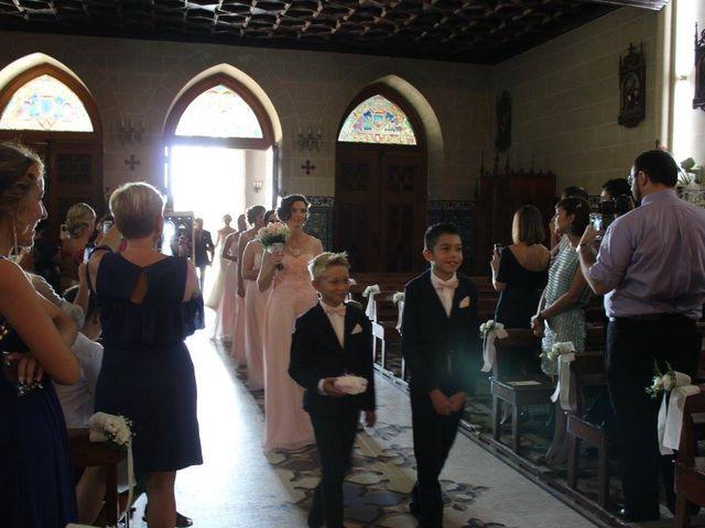 La boda de Francisco Jesús y Aurélie en Dos Hermanas, Sevilla 5